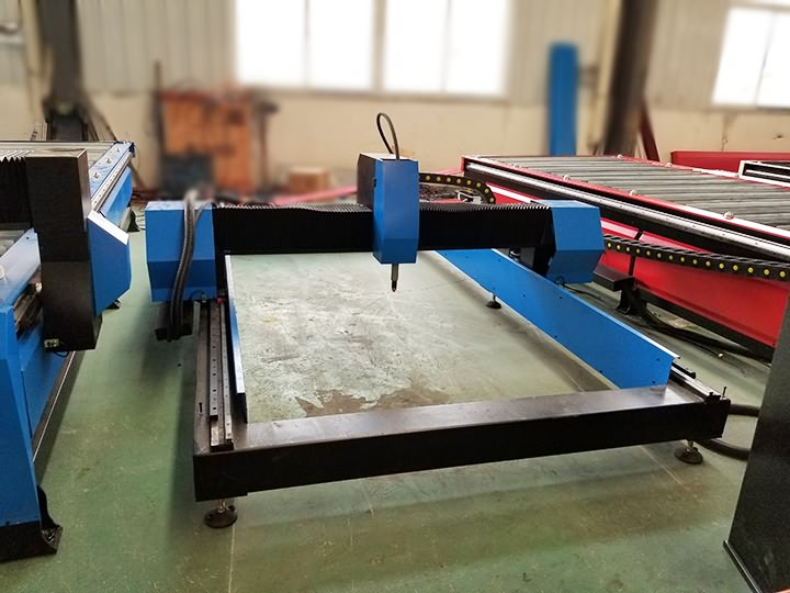 The First Picture of Portable Gantry CNC Plasma and Flame Cutting Machine STP1325