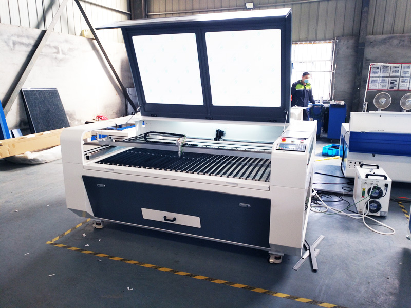 The Third Picture of STJ1490 Acrylic Laser Cutting Machine for sale with reasonable price