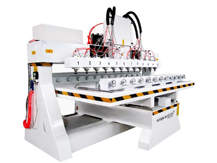 The First Picture of Multi-heads 3D CNC Router with 12 spindles and rotary device