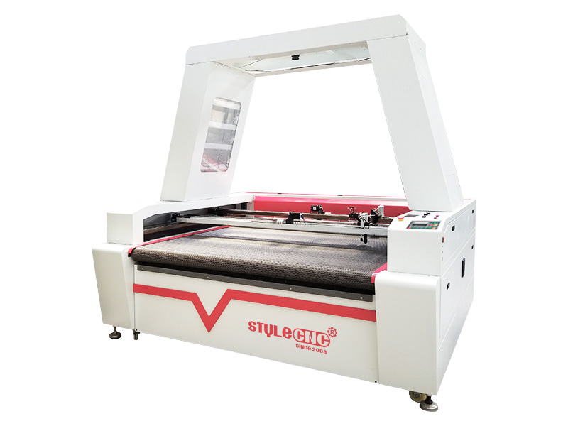Garment Laser Cutting Machine with CCD Camera and Conveyor System