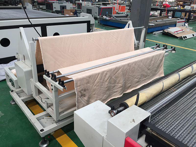 The Second Picture of STYLECNC® Fabric Laser Cutting Machine with 1626 size