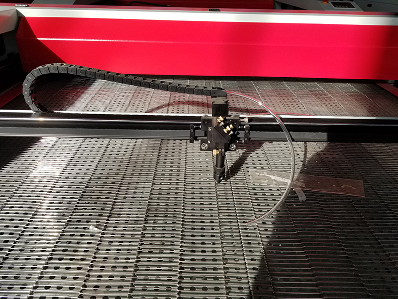 Laser head for Laser fabric cutter