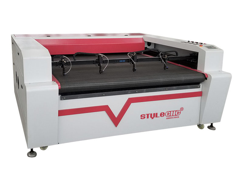 Textile Laser Cutting Machine with four heads