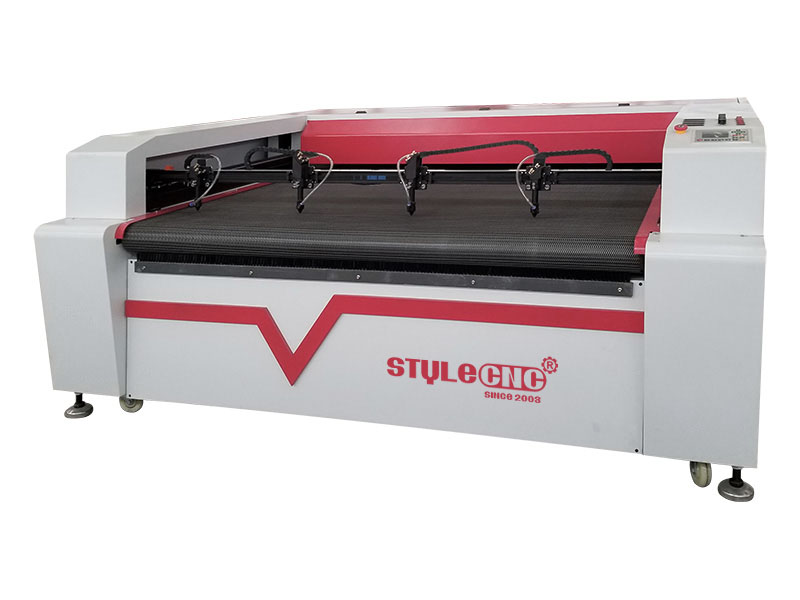 Textile Laser Cutter with four heads
