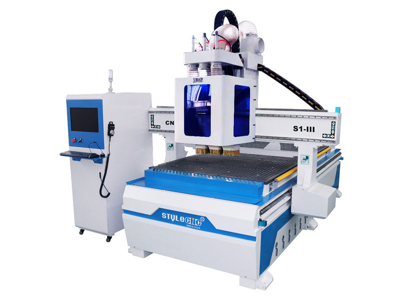CNC router for cabinet door making