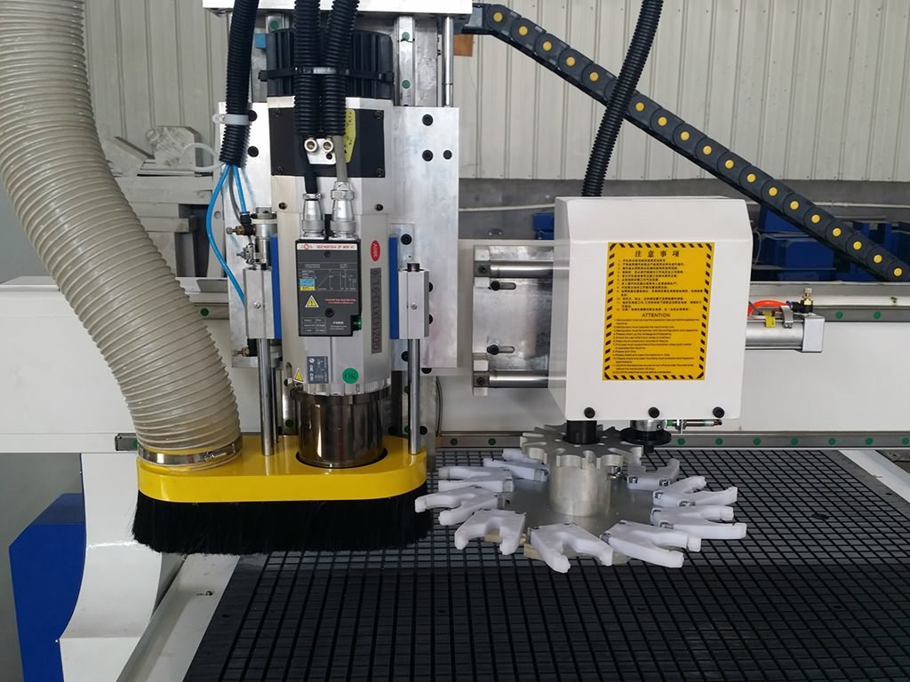 Atc Cnc Router With Automatic Tool Changer Spindle For