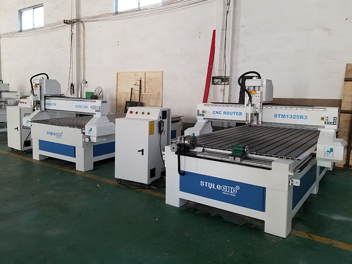 The Third Picture of 1325 CNC Router with 4 Axis Rotary Table