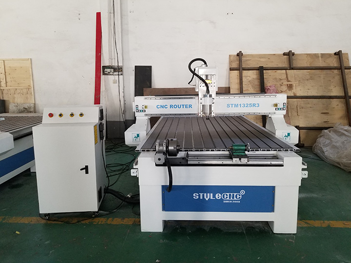 The Fifth Picture of 1325 CNC Router with 4 Axis Rotary Table