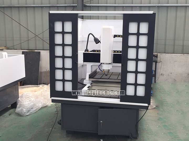 The First Picture of CNC Mold Making Machine for sale