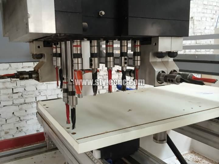 The Third Picture of Single Arm PTP CNC Working Center