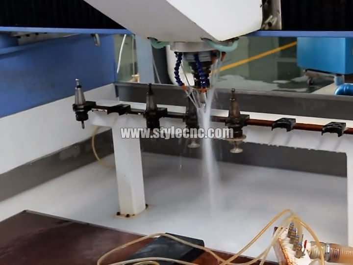 The Second Picture of CNC Stone Cutting and Polishing Machine for Quartz, Granite, Marble