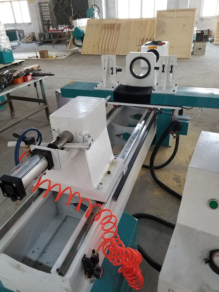 Best CNC wood turning lathe