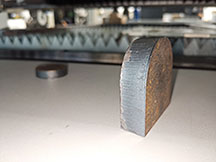 Fiber laser cutting machine cutting stainless steel as automotive accessories