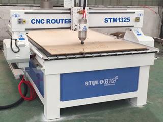 Standard 1325 model woodworking machine for MDF cutting