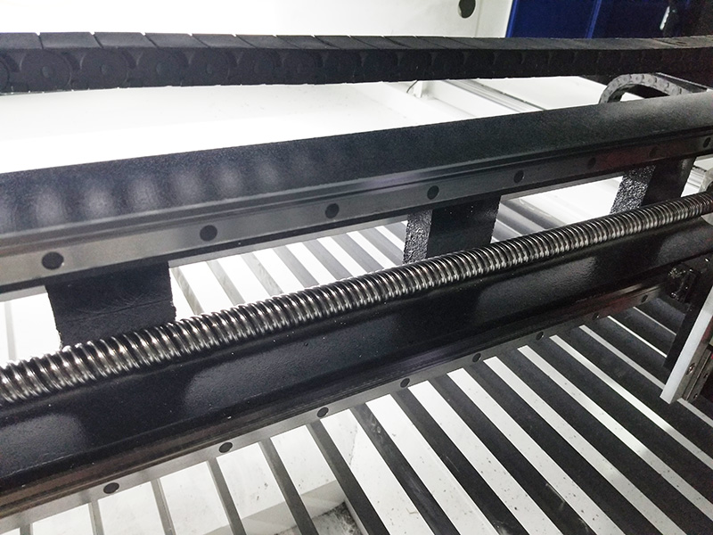 The Third Picture of Mixed metal and nonmetal laser cutting machine STJ1610M