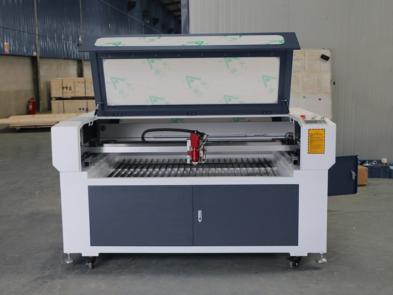 The Third Picture of Mixed Metal and Nonmetal Laser Cutting Machine for Sale