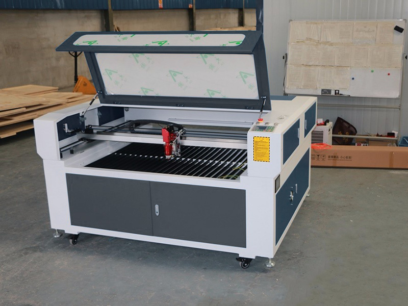 The Fourth Picture of Mixed Metal and Nonmetal Laser Cutting Machine for Sale