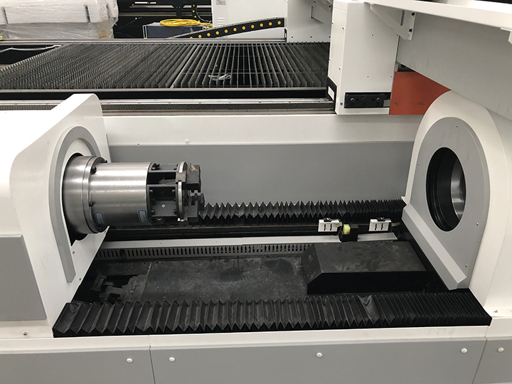 Fiber laser cutting machine with rotary device