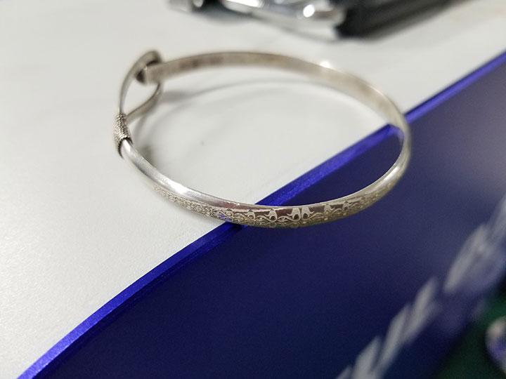 Sliver bracelet laser engraving