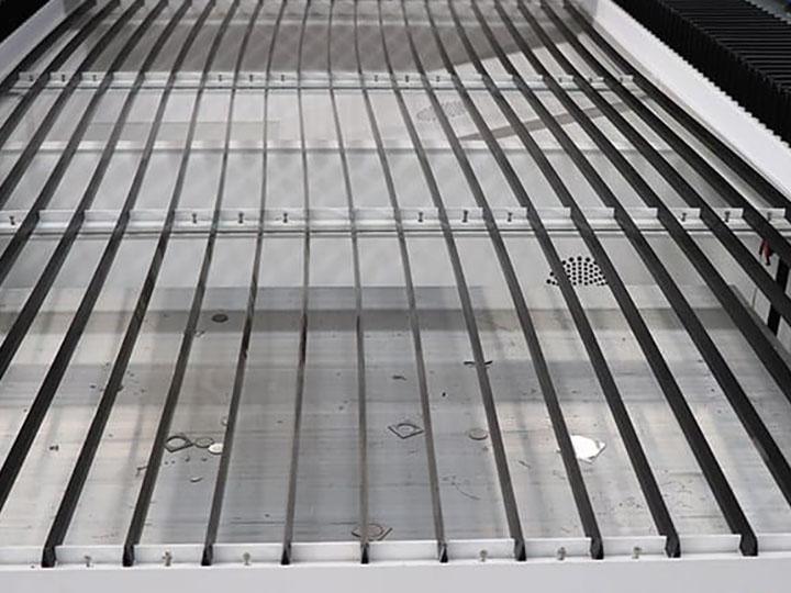 laser cutting machine blade table