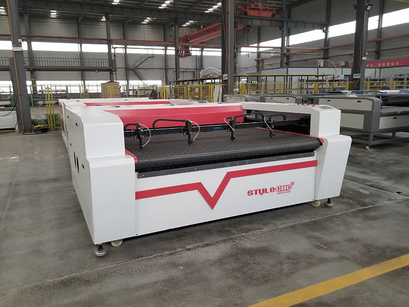 4 Heads Laser Engraving Cutting Machine