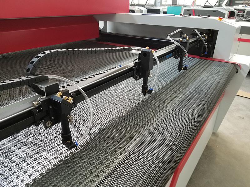 Laser heads of 4 heads laser engraving cutting machine