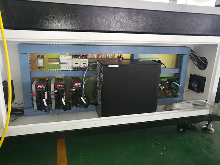 Laser metal cutting machine servo motor