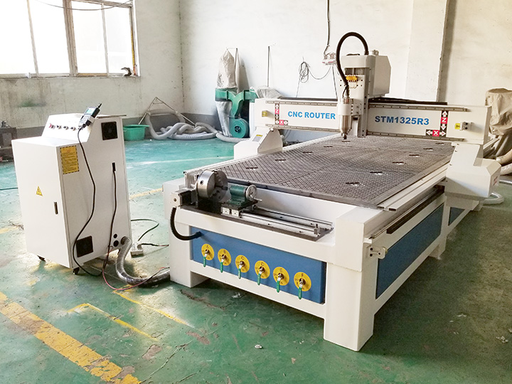1325 CNC router with vacuum table