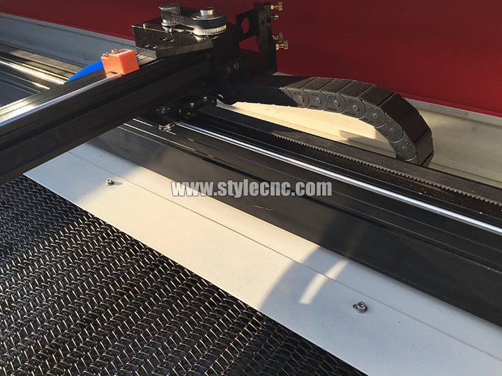 laser fabric cutter high speed rails