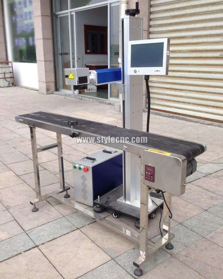 Online flying laser marking machine picture