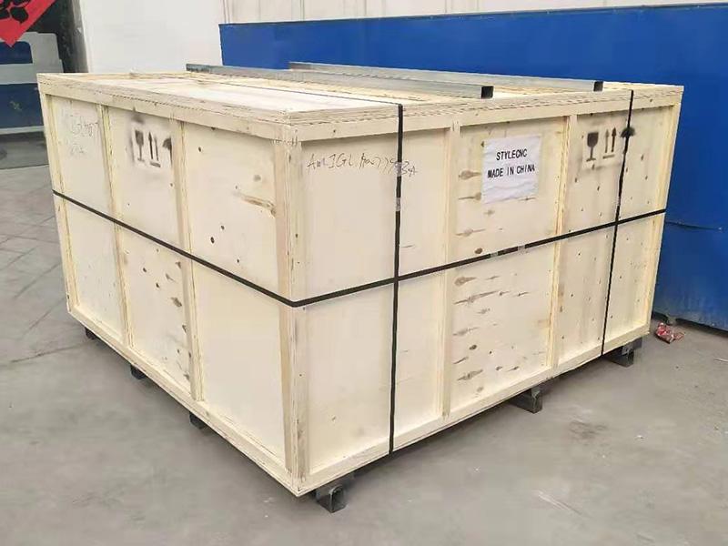 Laser engraver package