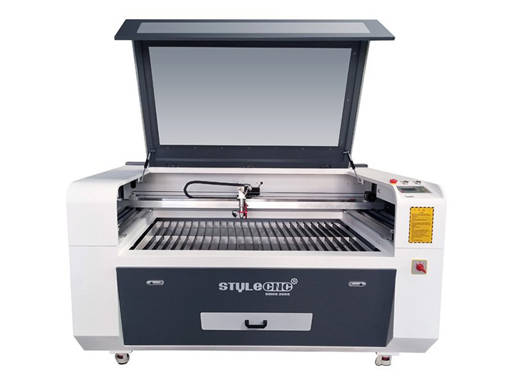 CO2 Laser Engraving Machine with Double Heads