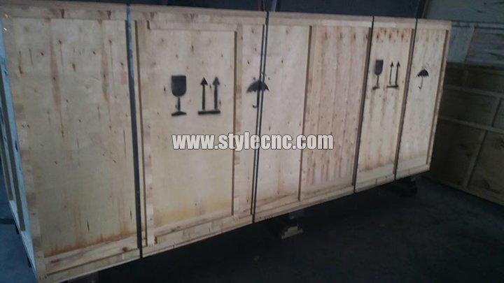 STL1516 CNC wood turning lathe machine integral packaging