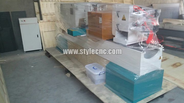 STL1516 CNC wood turning lathe machine full packaging