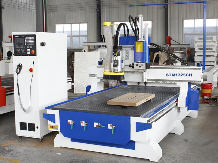 Linear ATC CNC wood carving machine