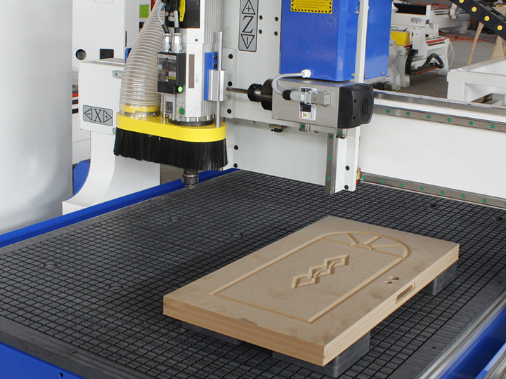 The Fourth Picture of Linear ATC CNC wood carving machine with SYNTEC Control System