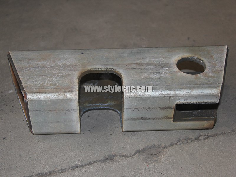 Metal square tube cutting sample by plasma cutter machine