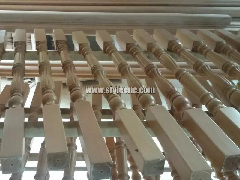 Wooden columns sample 12 making by CNC wood turning lathe machine
