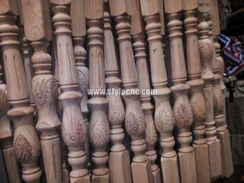 Wooden columns sample 14 making by CNC wood turning lathe machine