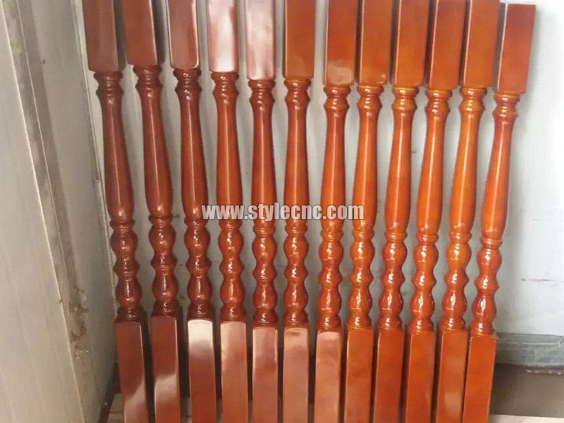 Wooden columns sample 15 making by CNC wood turning lathe machine