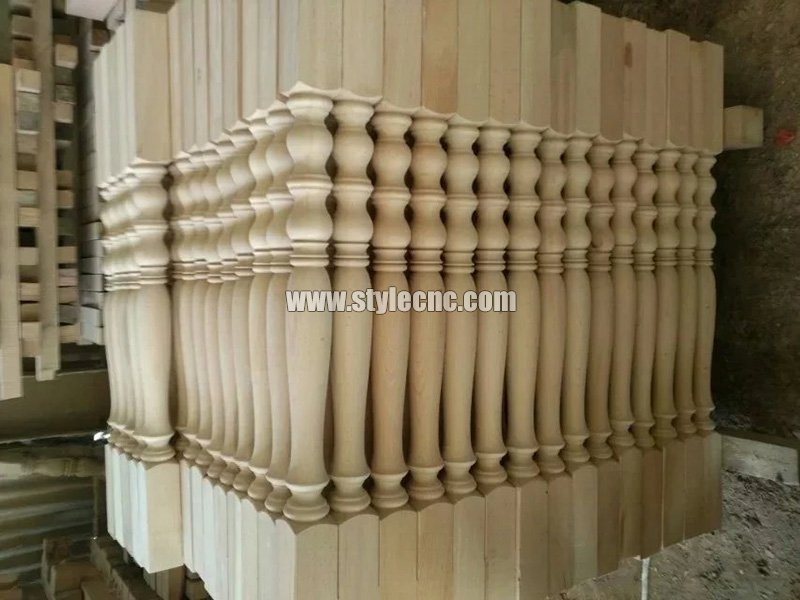 Wooden columns sample 17 making by CNC wood turning lathe machine