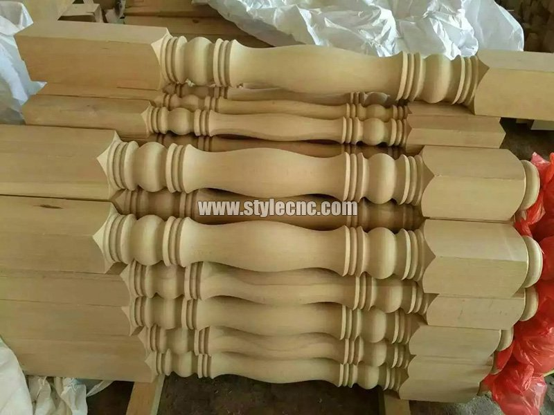 Wooden columns sample 19 making by CNC wood turning lathe machine