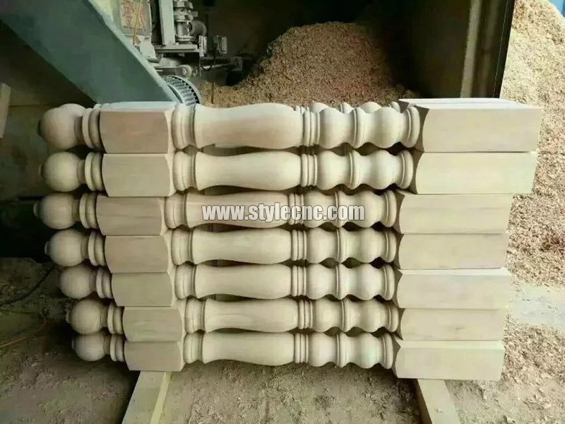 Wooden columns sample 20 making by CNC wood turning lathe machine