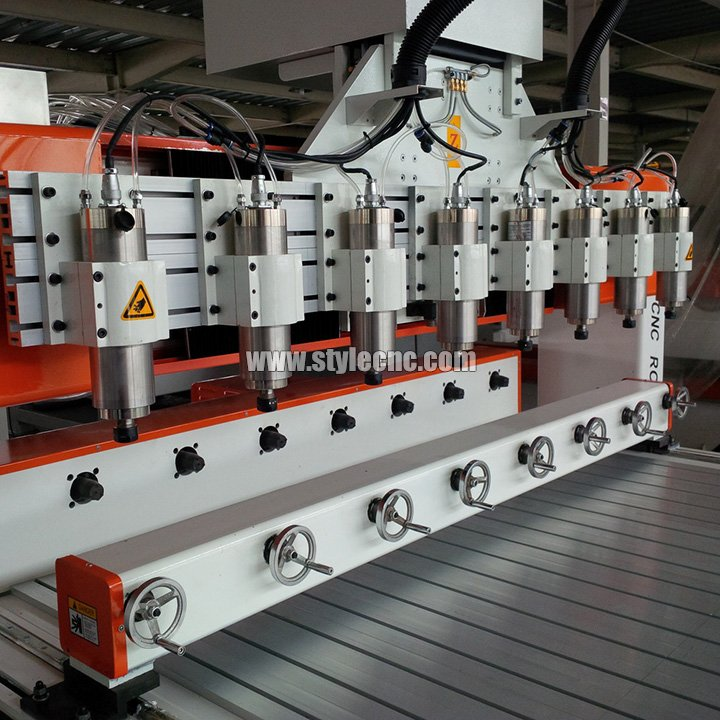 CNC router with 8 heads