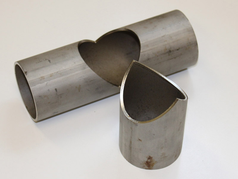 Round metal pipe and tube cutting samples by fiber laser cutting machine