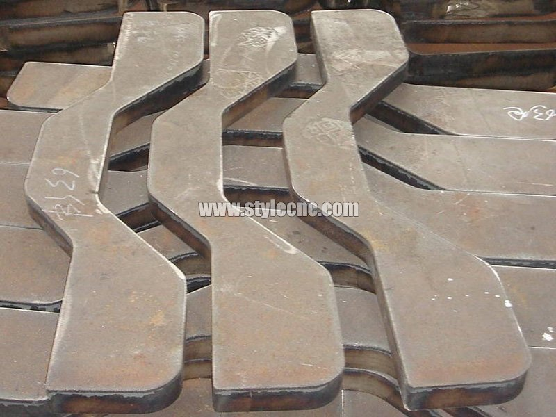 Metal cutting sample by plasma cutting machine