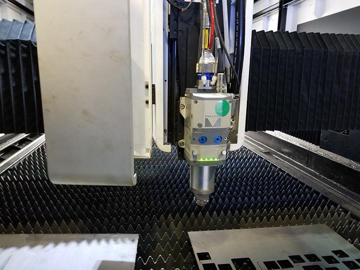 500w fiber laser cutter laser head