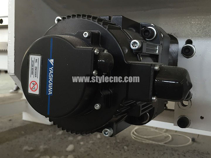 YASKAWA Servo Motor for Automatic CNC Nesting Machining Center