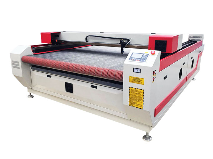 The First Picture of Auto Feeding CO2 Cloth Laser Cutting Machine for sale