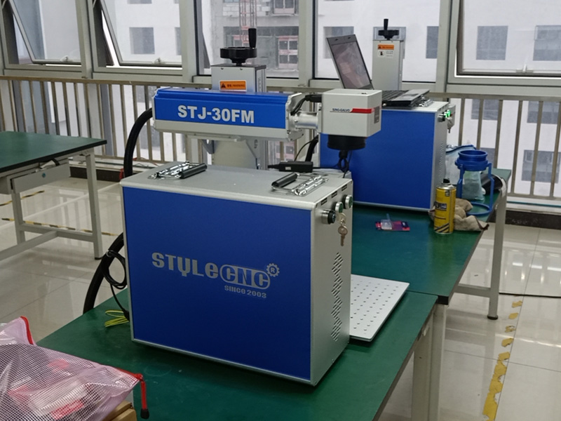 Fiber laser engraving machine details